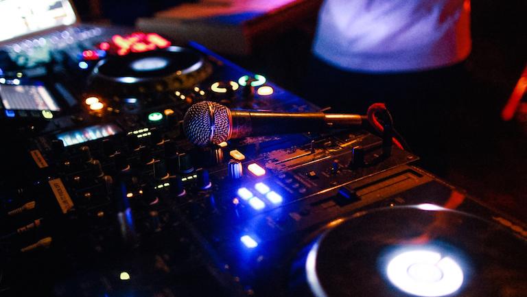 FBi mixer
