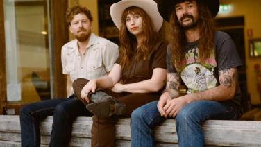 Caitlin Harnett & The Pony Boys